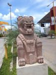 Giant replica statue guarding the entrance to the 'mall' in Santa Elena.